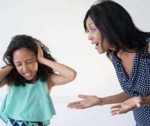 Γιατί αλλάζει η συμπεριφορά των παιδιών  παρουσία της μητέρας τους;